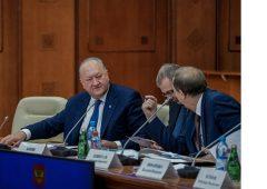 Владимир Илюхин принял участие в заседании Правительства России под председательством Дмитрия Медведева
