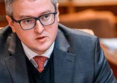 Развивать оленеводство намерен глава региона Владимир Солодов