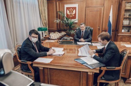 yurijj-trutnev-i-vladimir-solodov-obsudili-socialno-ehkonomicheskoe-razvitie-kamchatki